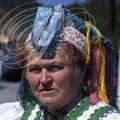 HOLLÓKÖ  (Hongrie) -  femme en costume traditionnel de fête