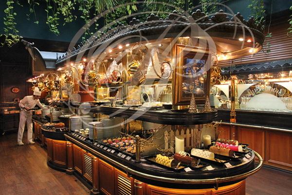 les grands buffets narbonne le buffet des desserts phototh que peuriot ploquin. Black Bedroom Furniture Sets. Home Design Ideas